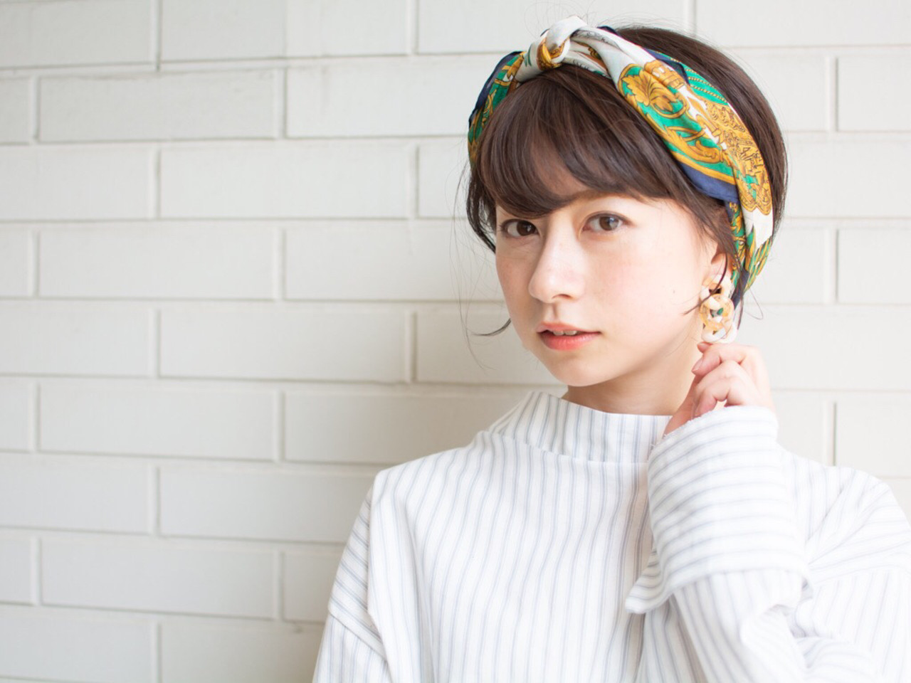 スカーフで大人っぽく♡はねるボブのおしゃれで簡単なアレンジ 【noine】斉藤 正敏noine