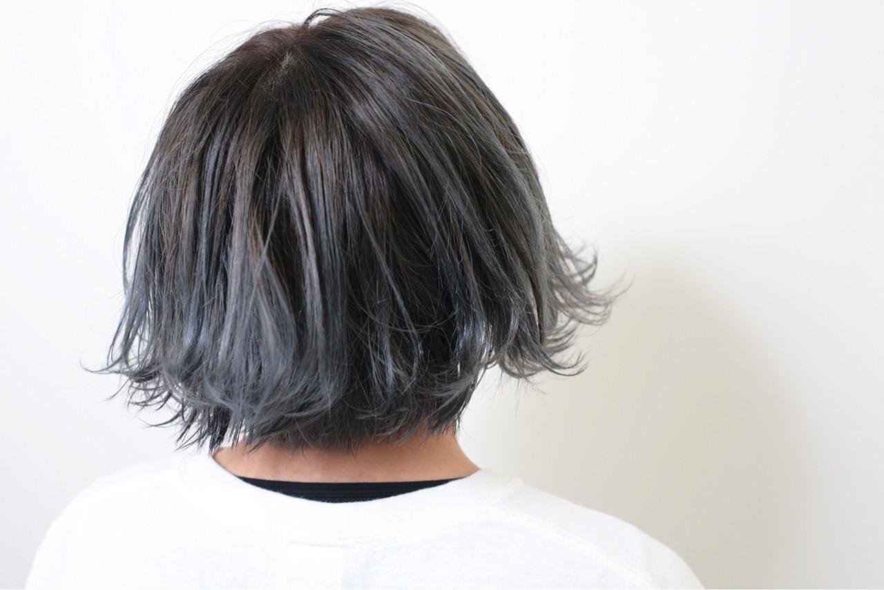 ショート 外ハネ モード グラデーションカラー ヘアスタイルや髪型の写真・画像