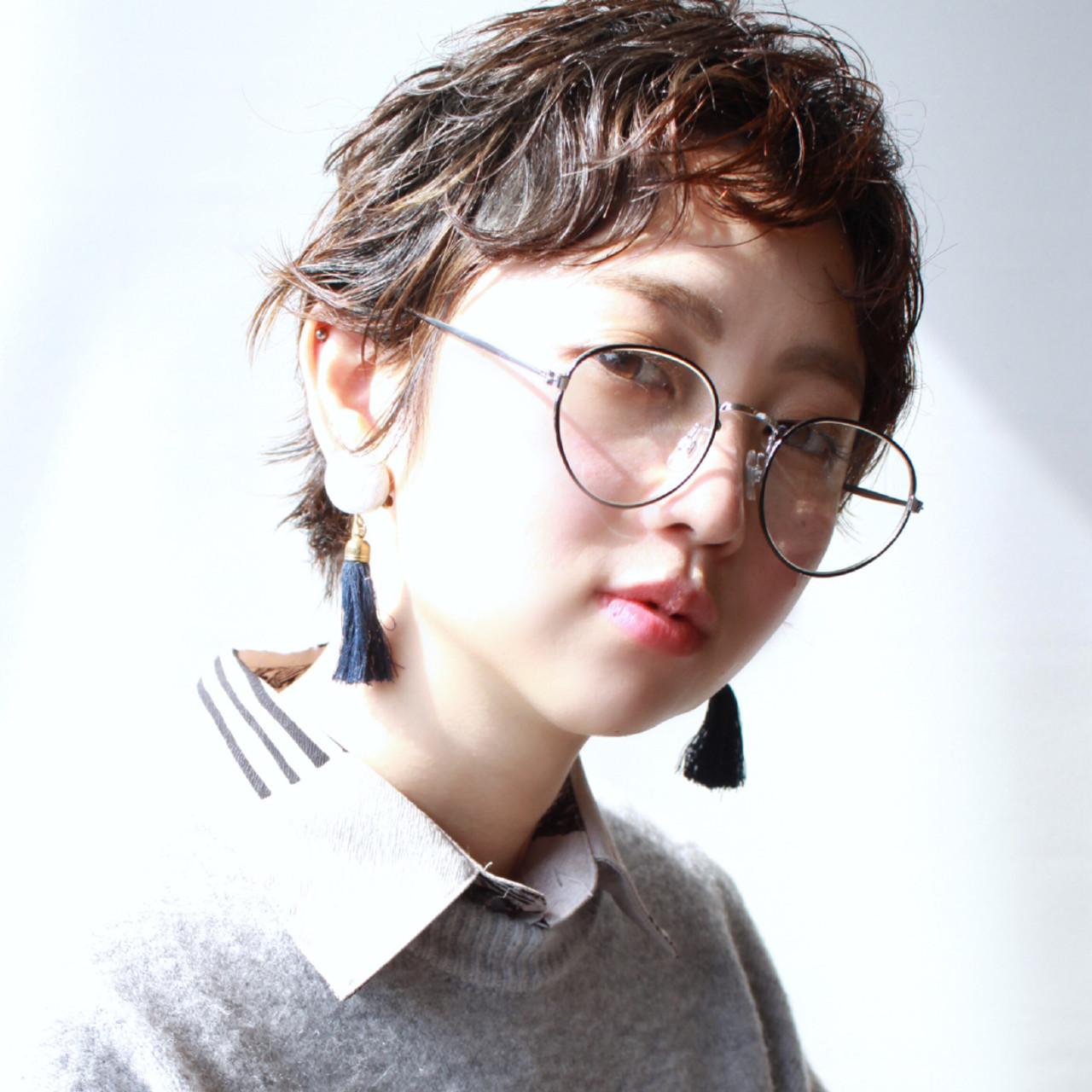 マッシュショート ガーリー オフィス 大人かわいい ヘアスタイルや髪型の写真・画像