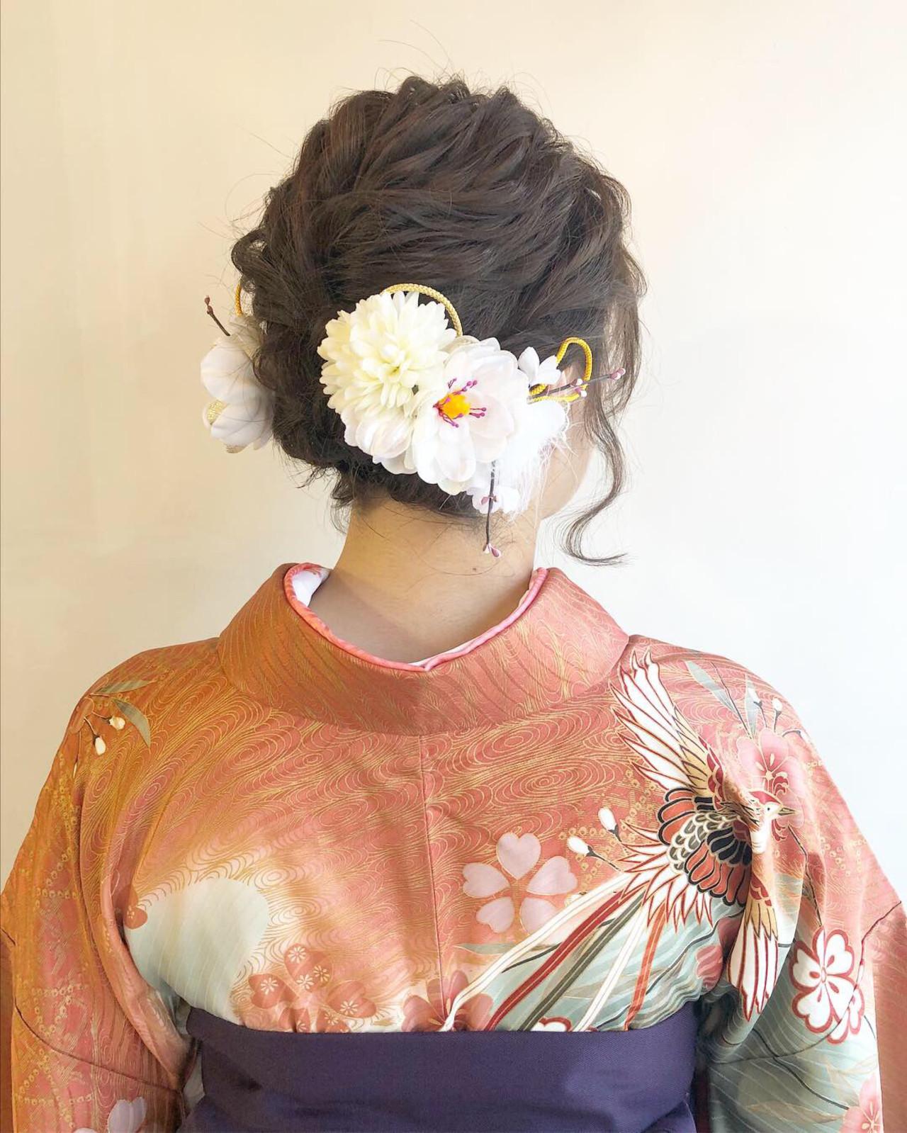 主役になれるエレガントなミディアムヘアの袴アレンジ L'atelier ContentL'atelier Content