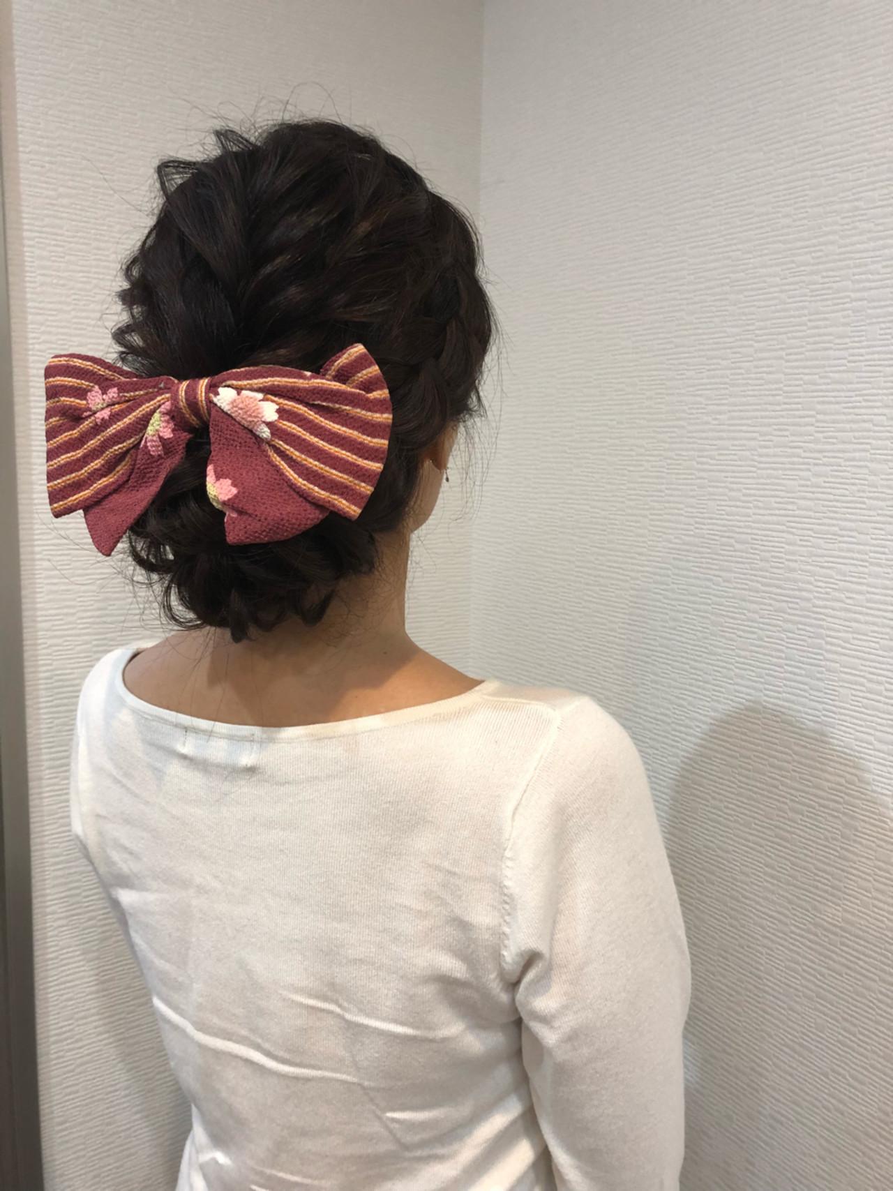 リボンがキュートなロングの袴アレンジ maiHAIR SALON STELLA