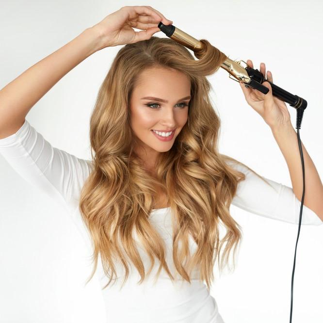 巻き髪キープにはポイントが!知らなきゃ損する美しい巻き髪のキープ術