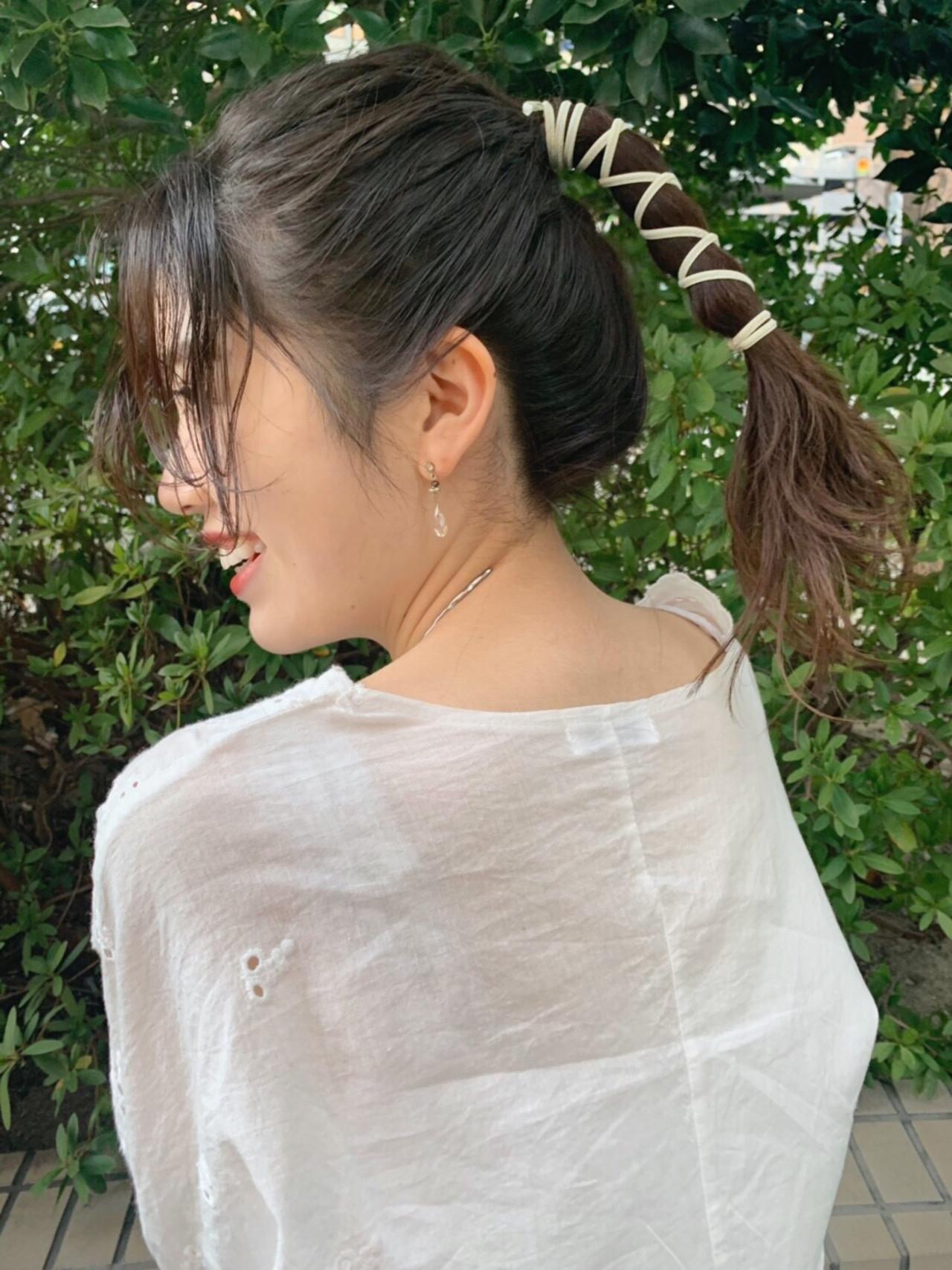 セルフヘアアレンジ デート グレージュ ガーリー ヘアスタイルや髪型の写真・画像
