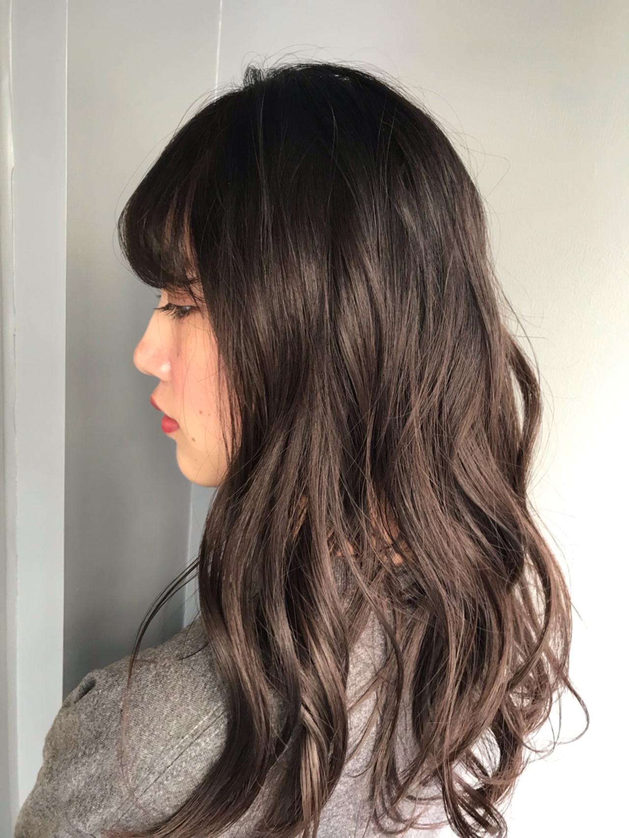 ウェーブ セミロング ナチュラル ブラウン ヘアスタイルや髪型の写真・画像