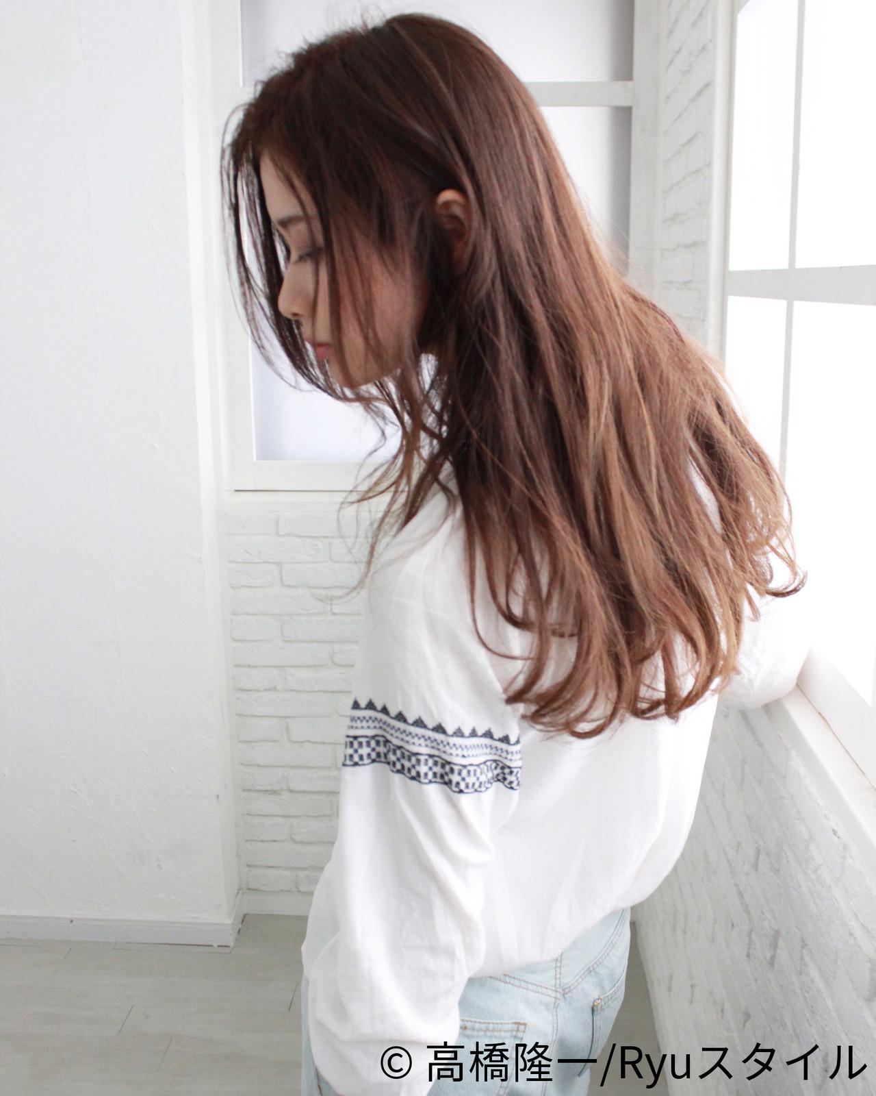 ナチュラルな垢抜け感がつくり出せるロングのイルミナカラー 高橋隆一/Ryuスタイルhair&make bis group by ZEST