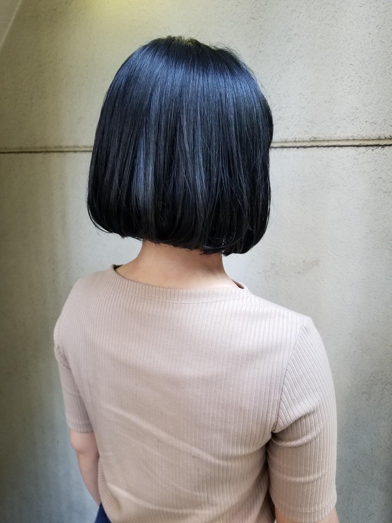 ブルージュ 切りっぱなしボブ ブルーアッシュ かっこいい ヘアスタイルや髪型の写真・画像