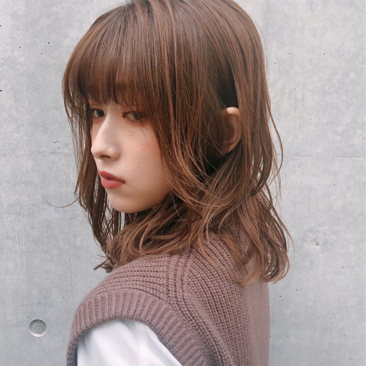 ゆるふわ ミディアム アンニュイほつれヘア ナチュラル ヘアスタイルや髪型の写真・画像