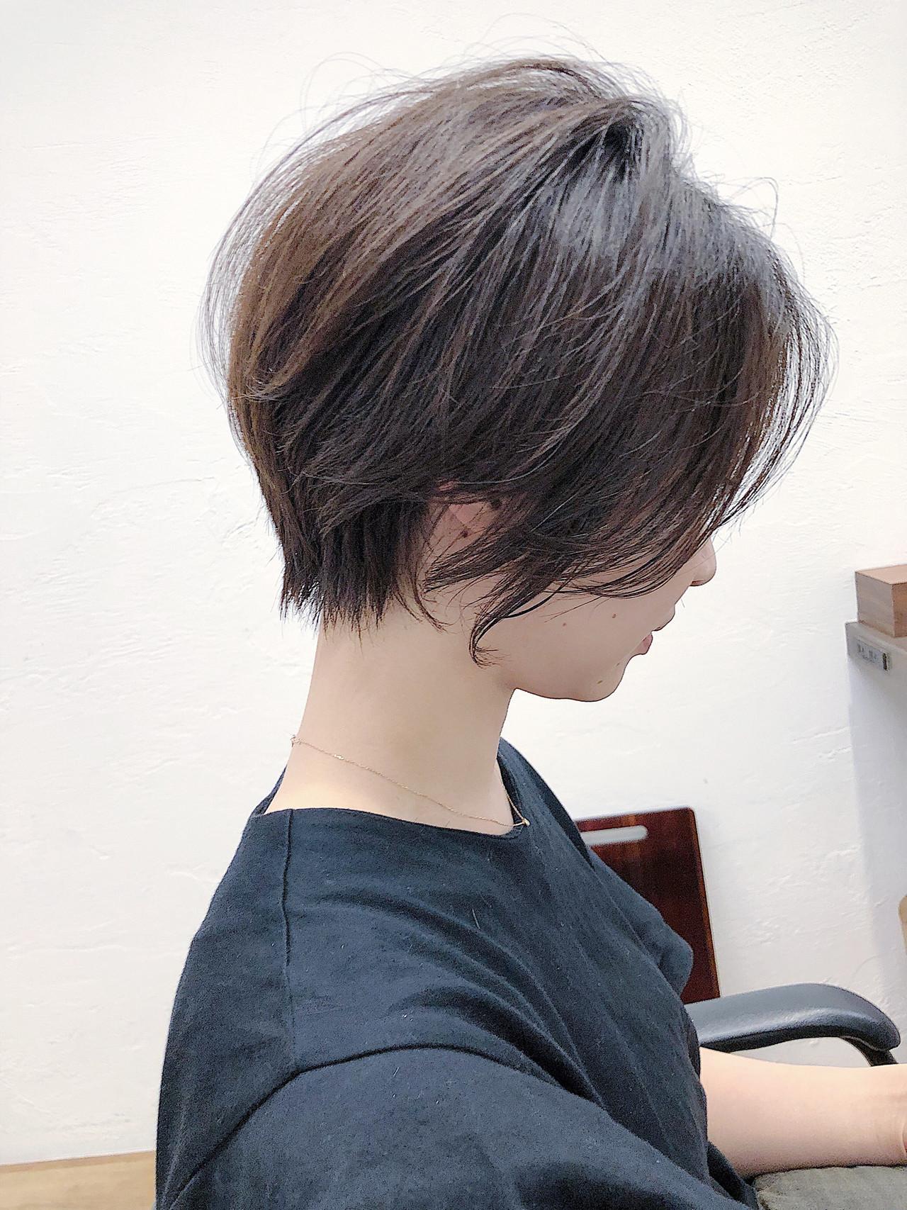 縮毛矯正 小顔 ストレート ナチュラル ヘアスタイルや髪型の写真・画像