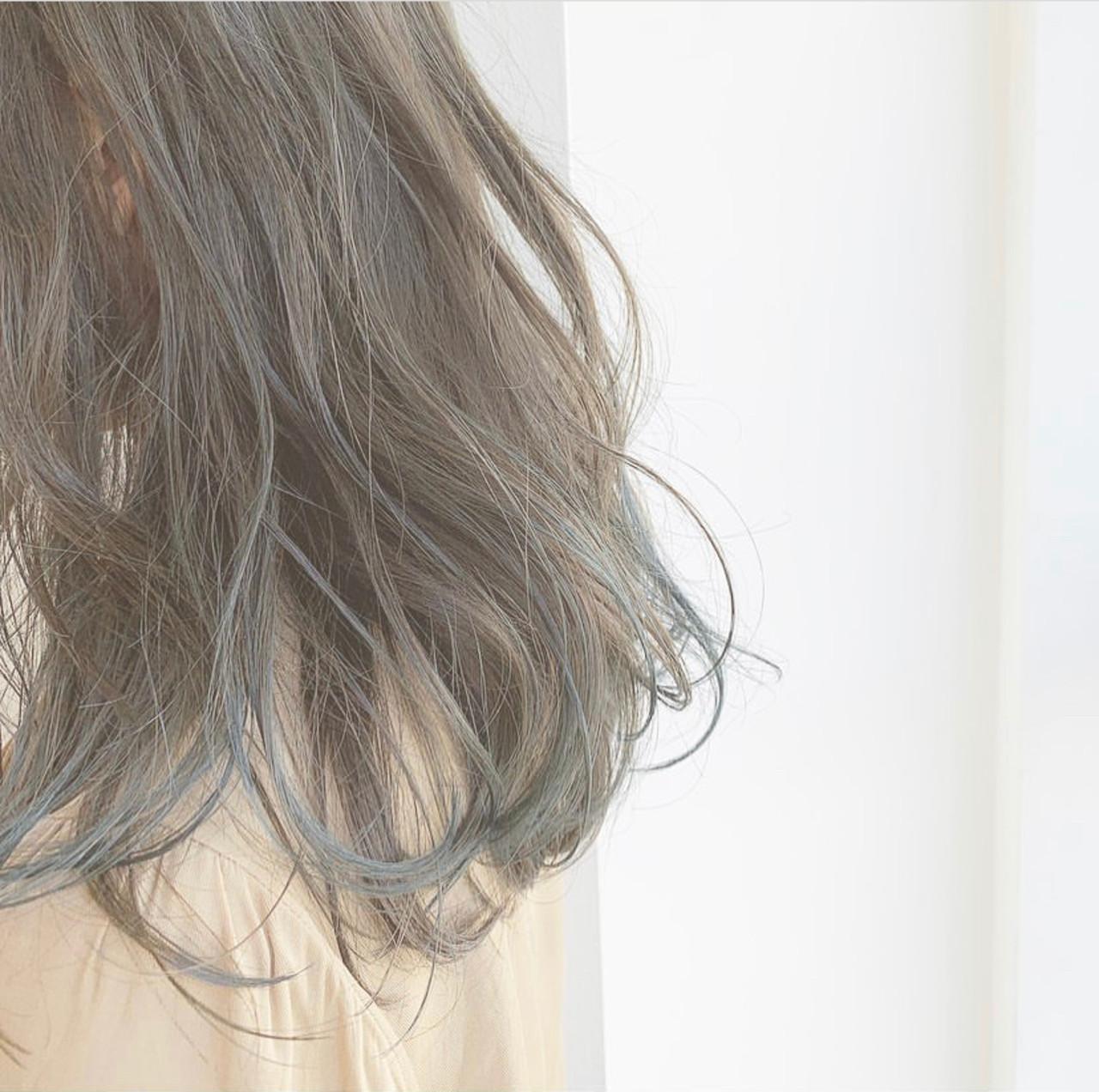インナーカラー ハイライト 透け感 セミロング ヘアスタイルや髪型の写真・画像