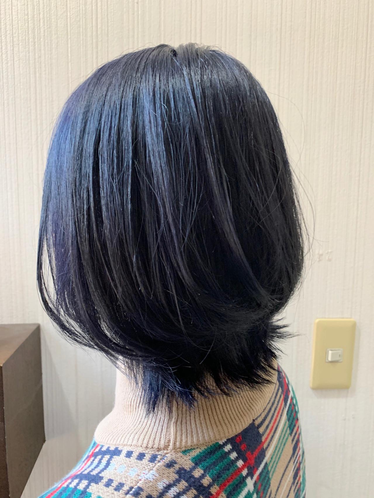インナーカラー ナチュラル アッシュグレージュ ミニボブ ヘアスタイルや髪型の写真・画像
