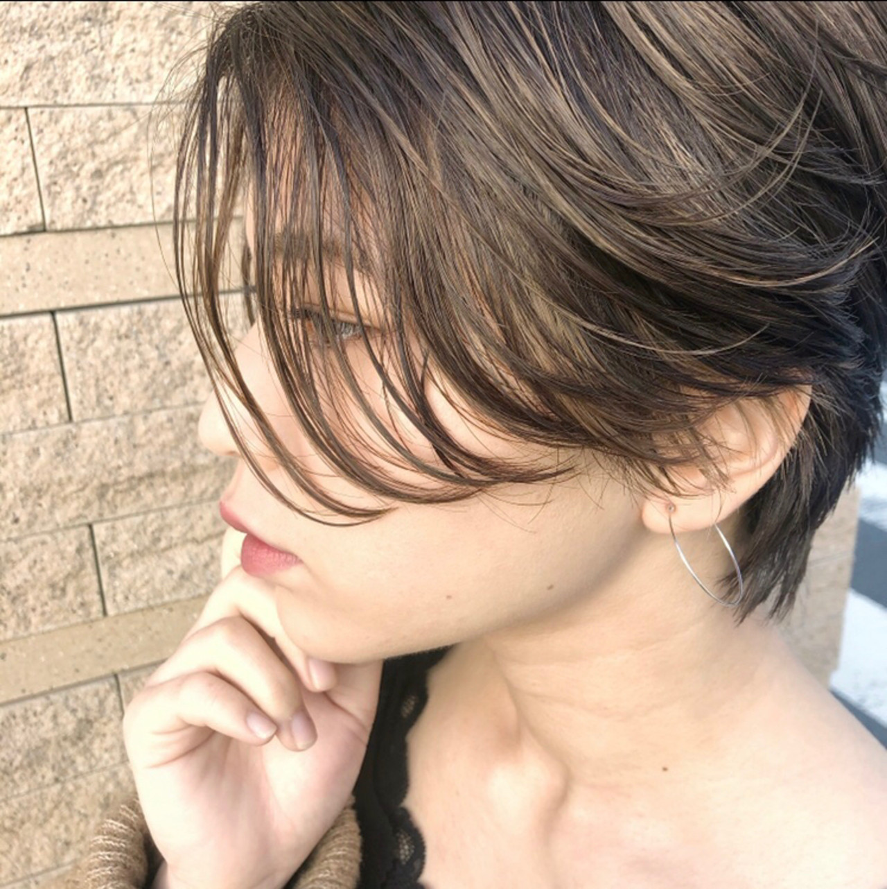 ハイライト ショートボブ アンニュイほつれヘア インナーカラー ヘアスタイルや髪型の写真・画像
