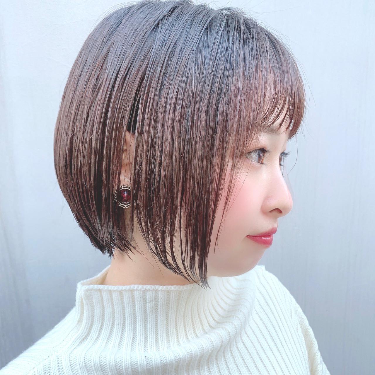 フェミニン ショートヘア グラデーションボブ ボブ ヘアスタイルや髪型の写真・画像