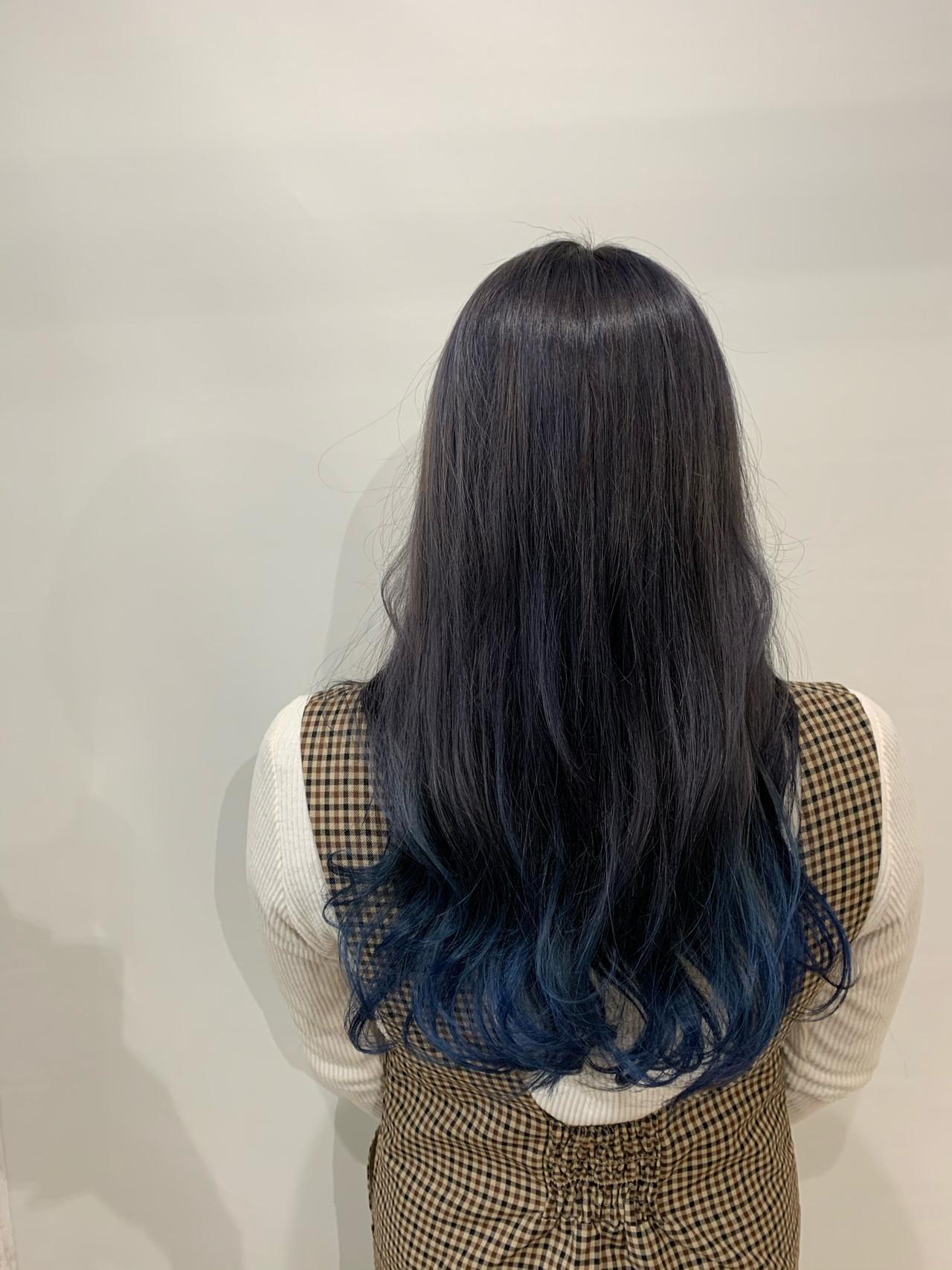 ロング ブルーグラデーション 裾カラー ストリート ヘアスタイルや髪型の写真・画像