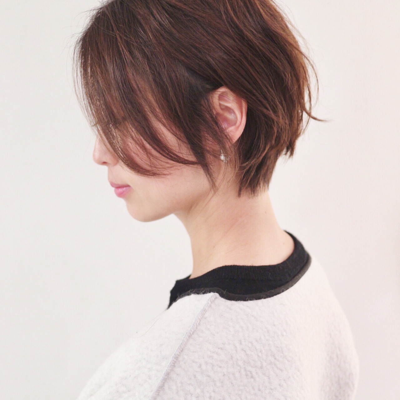 ショートヘア ハンサムショート パーマ ナチュラル ヘアスタイルや髪型の写真・画像