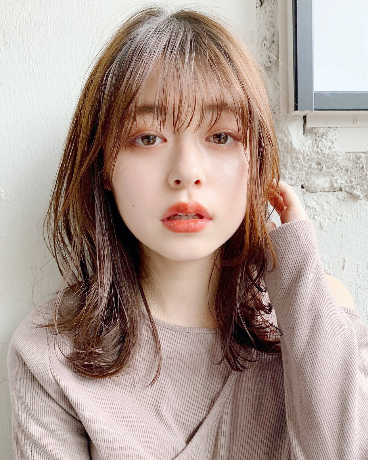 シースルーバング ひし形シルエット フェミニン 大人かわいい ヘアスタイルや髪型の写真・画像