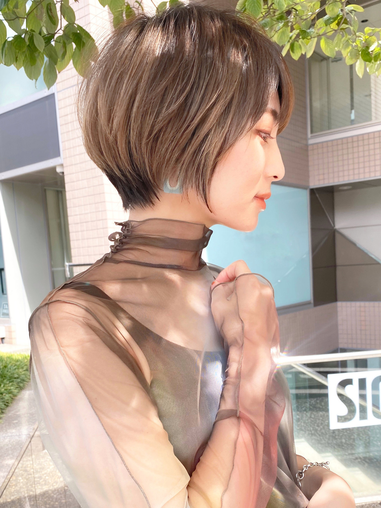 ハイライト ベージュ ハンサムショート ひし形シルエット ヘアスタイルや髪型の写真・画像