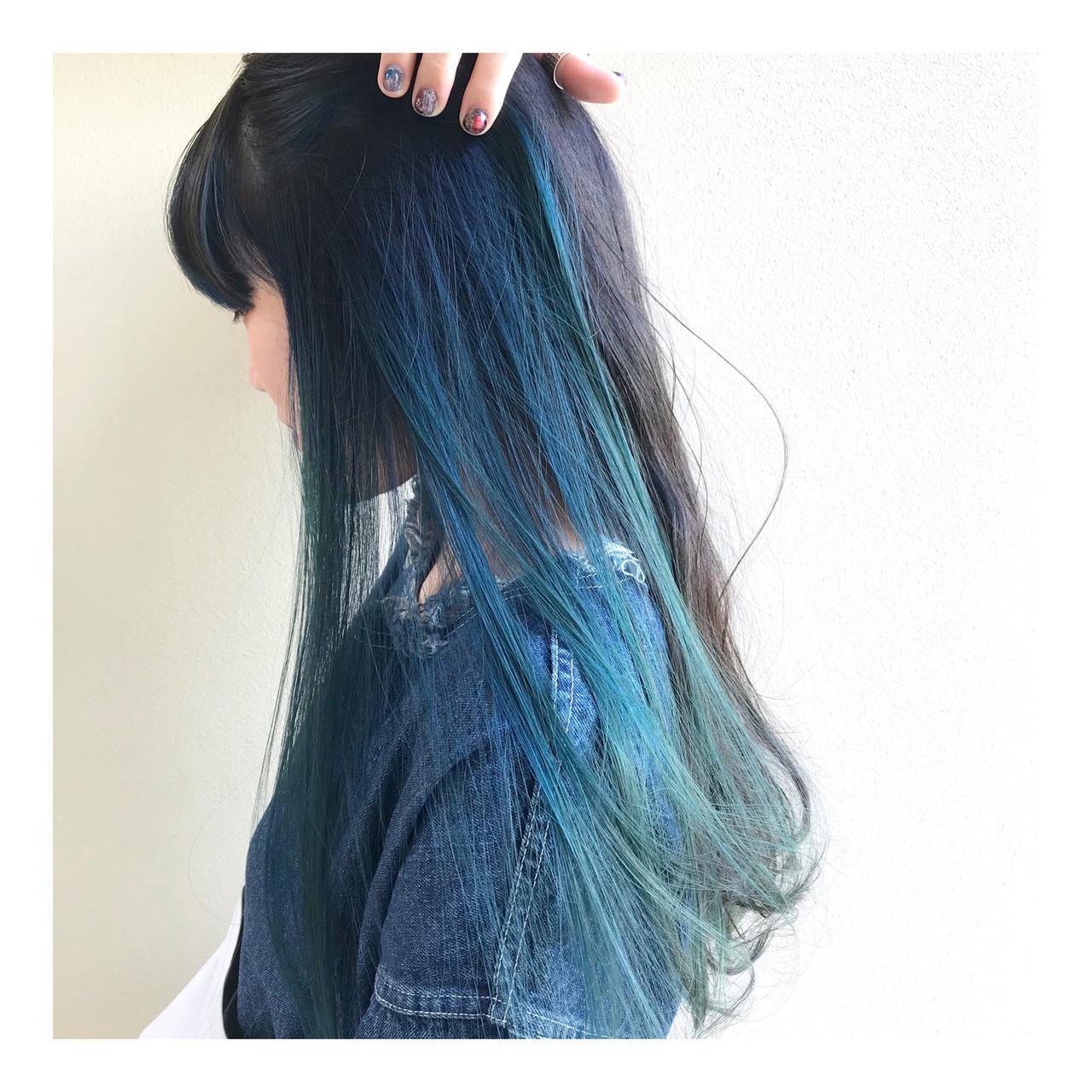ターコイズブルー デザインカラー ハイトーン ブルー ヘアスタイルや髪型の写真・画像