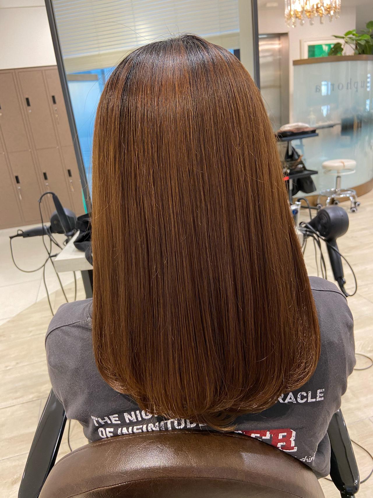 ストレート ミディアム サラサラ 髪質改善 ヘアスタイルや髪型の写真・画像