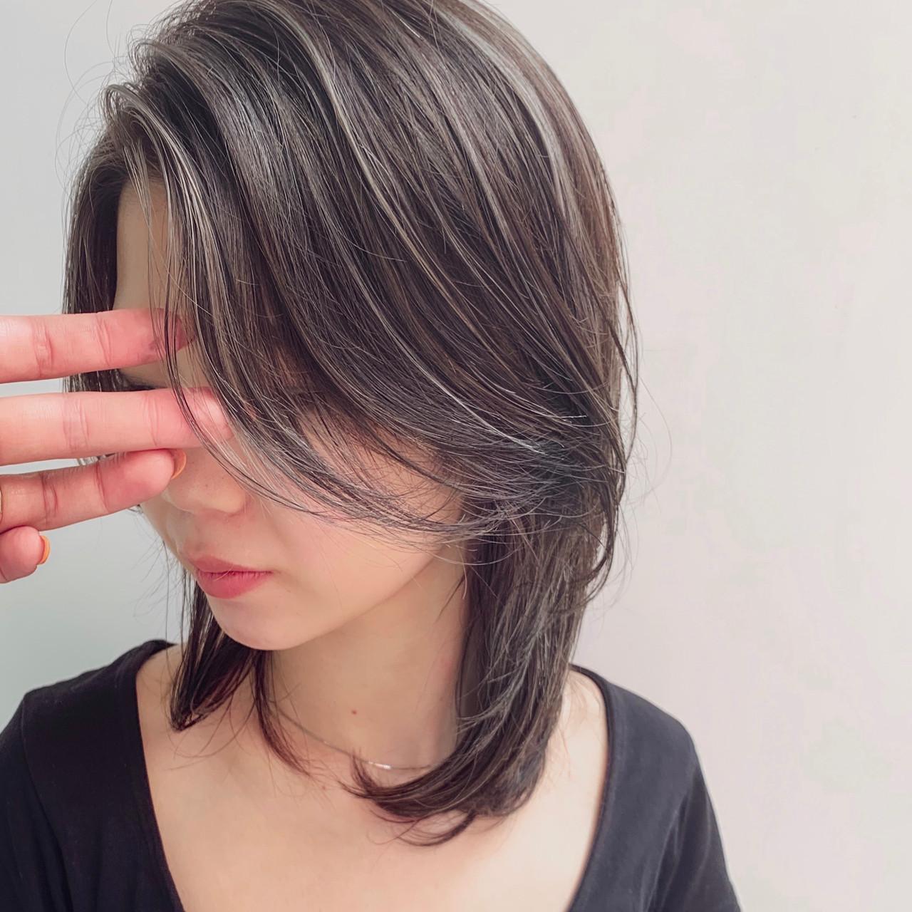 大人ハイライト ミディアム ハイライト ウルフカット ヘアスタイルや髪型の写真・画像