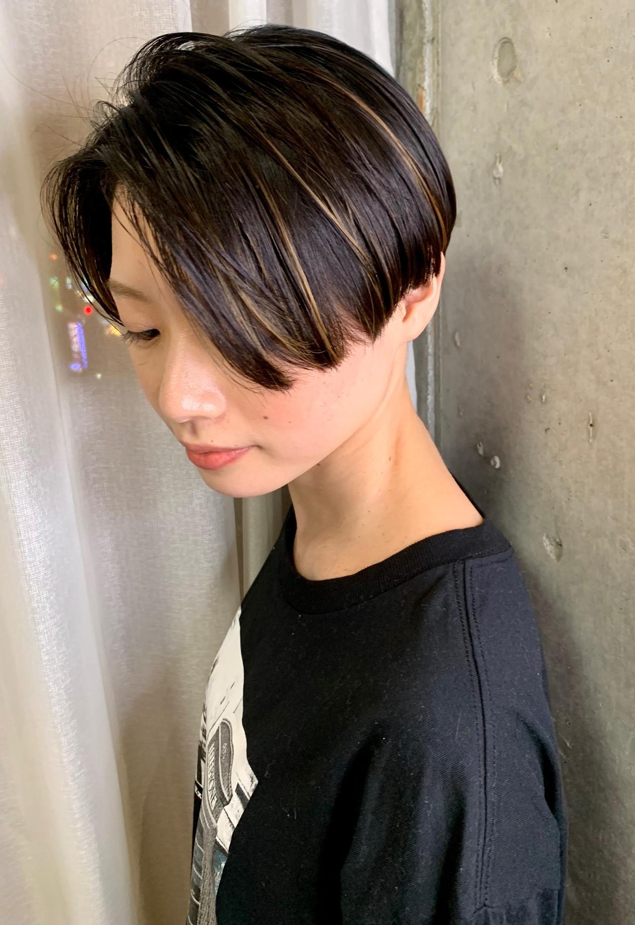 ベリーショート ショート モード ミニボブ ヘアスタイルや髪型の写真・画像