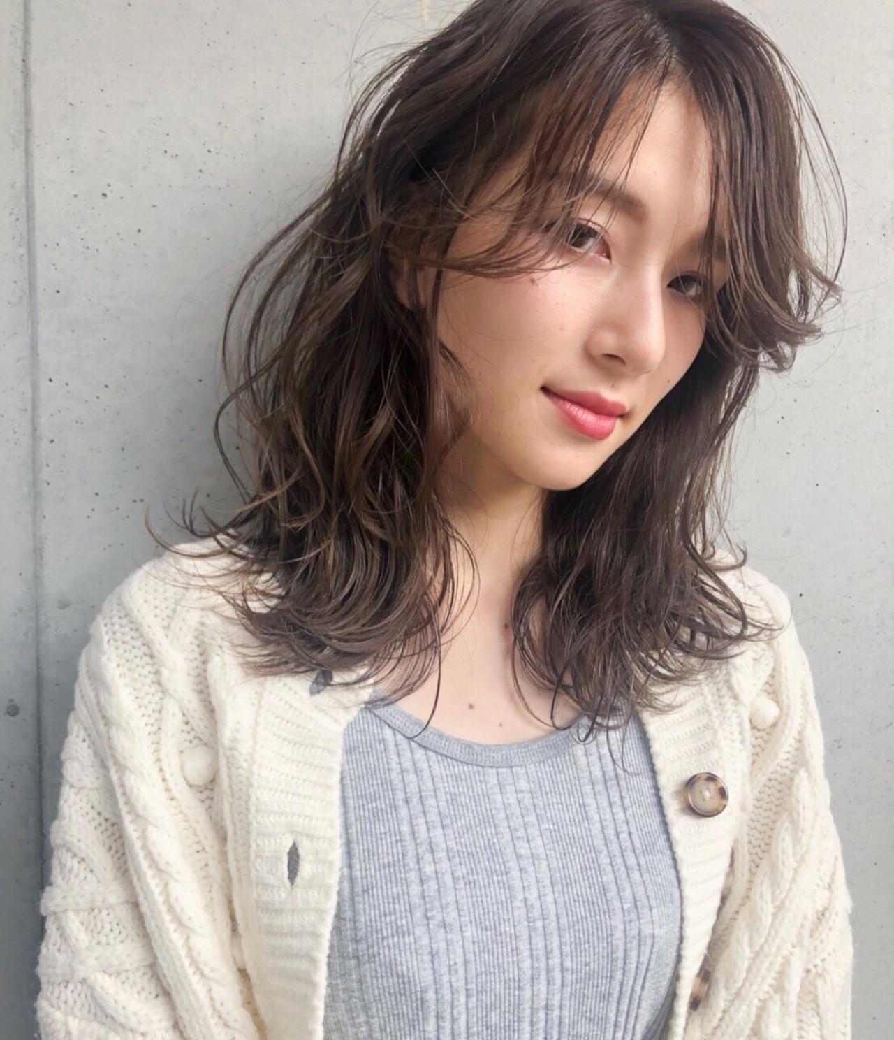 透明感カラー 福岡市 ロブ フェミニン ヘアスタイルや髪型の写真・画像