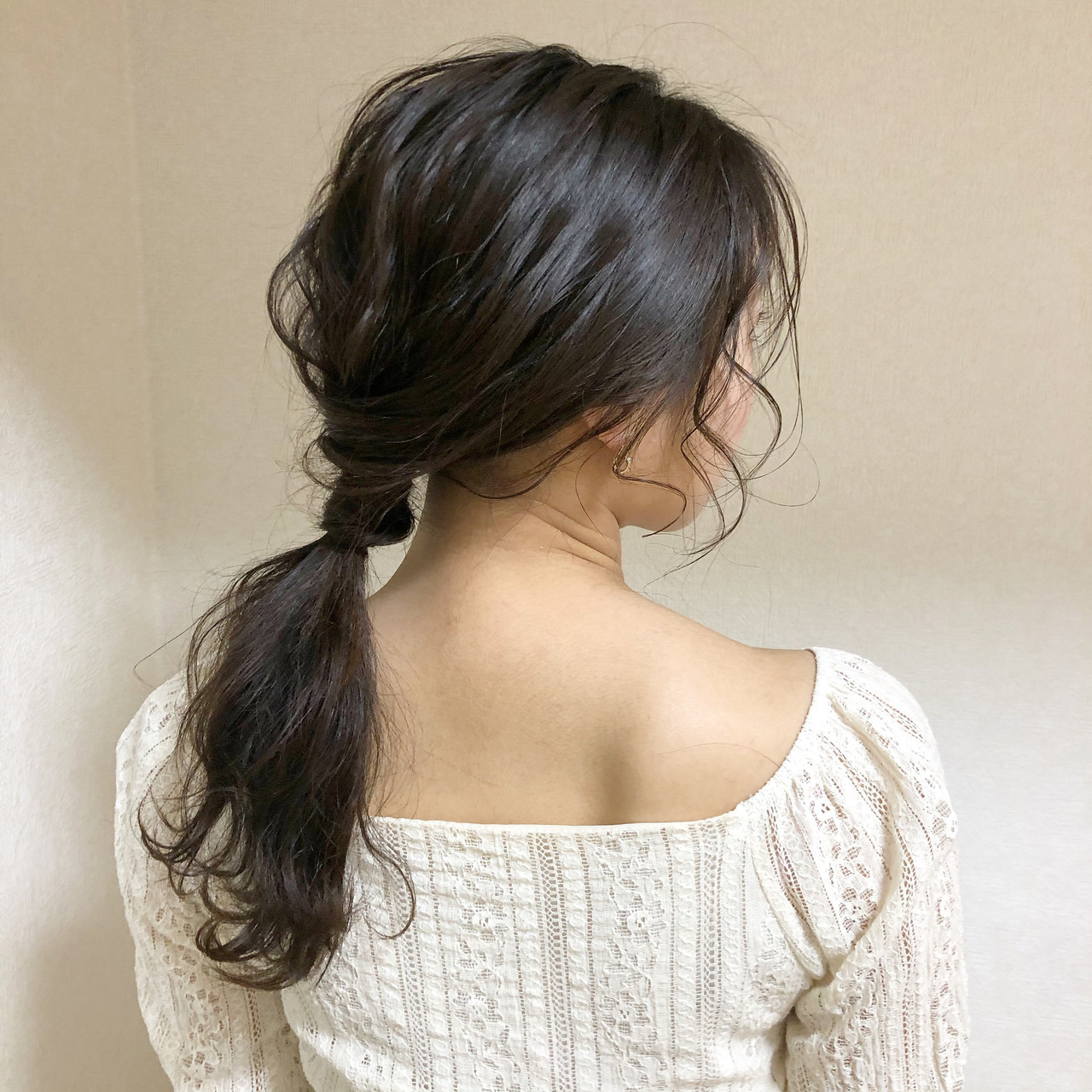 ふわふわヘアアレンジ ポニーテール ナチュラル ゆるふわセット ヘアスタイルや髪型の写真・画像