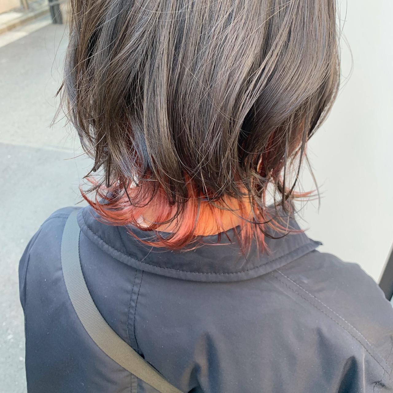 インナーカラー赤 ボブ レッド オシャレ ヘアスタイルや髪型の写真・画像