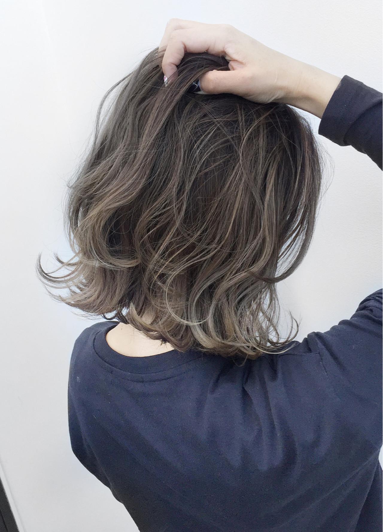 ハイライト 外国人風 バレイヤージュ こなれ感 ヘアスタイルや髪型の写真・画像