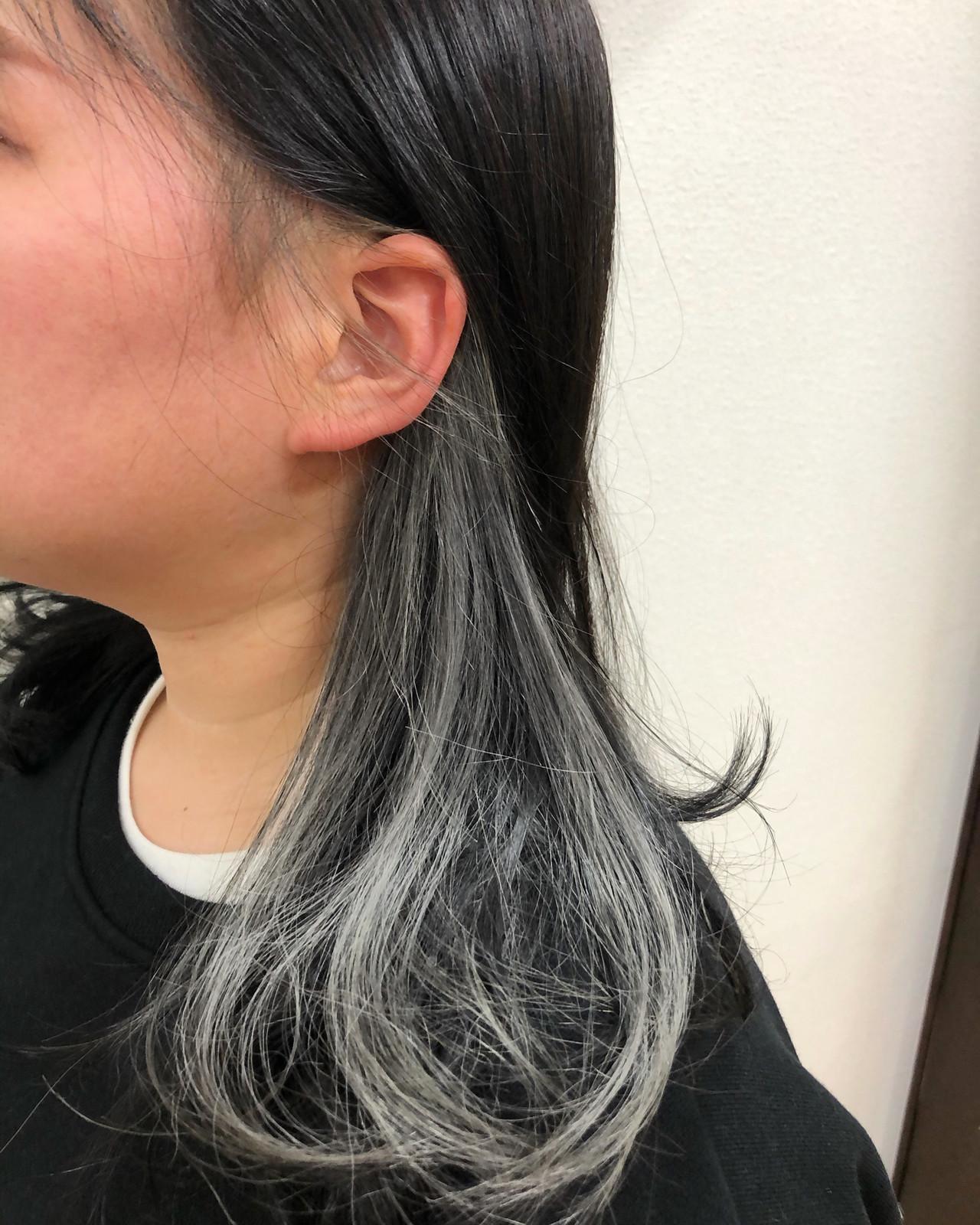 インナーカラー デザインカラー ストリート インナーカラーホワイト ヘアスタイルや髪型の写真・画像