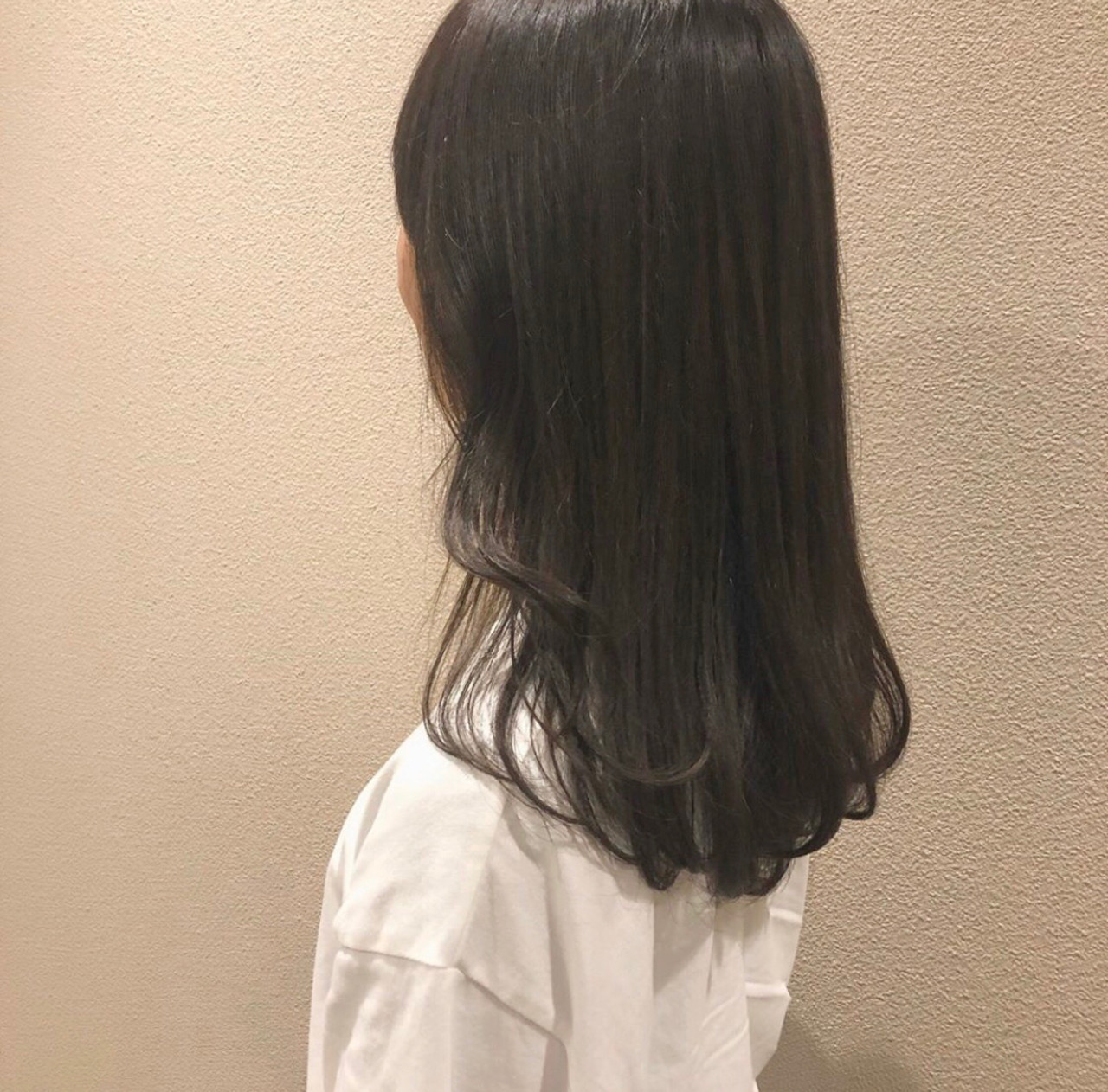 暗色カラー 暗髪 春ヘア フェミニン ヘアスタイルや髪型の写真・画像