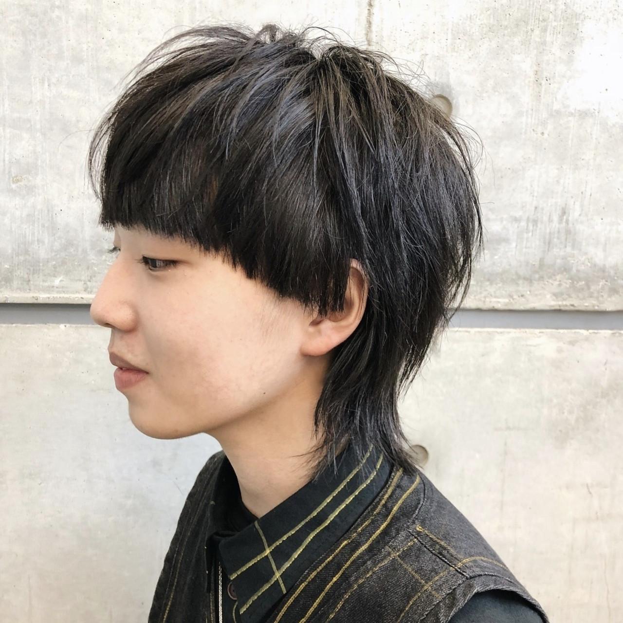 ショート ウルフカット メンズヘア ナチュラル ヘアスタイルや髪型の写真・画像