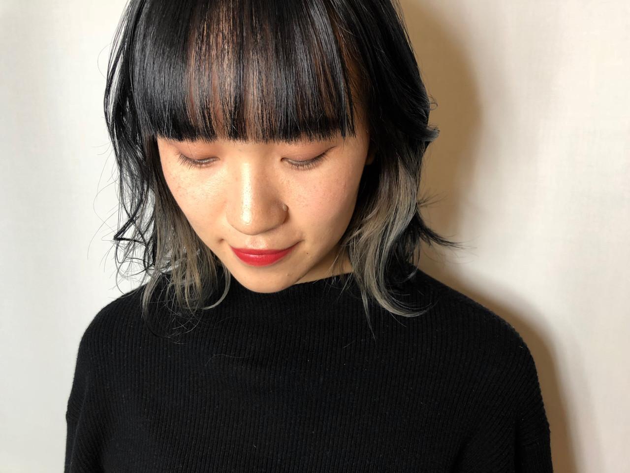 モード インナーカラーホワイト ホワイトグレージュ ボブ ヘアスタイルや髪型の写真・画像