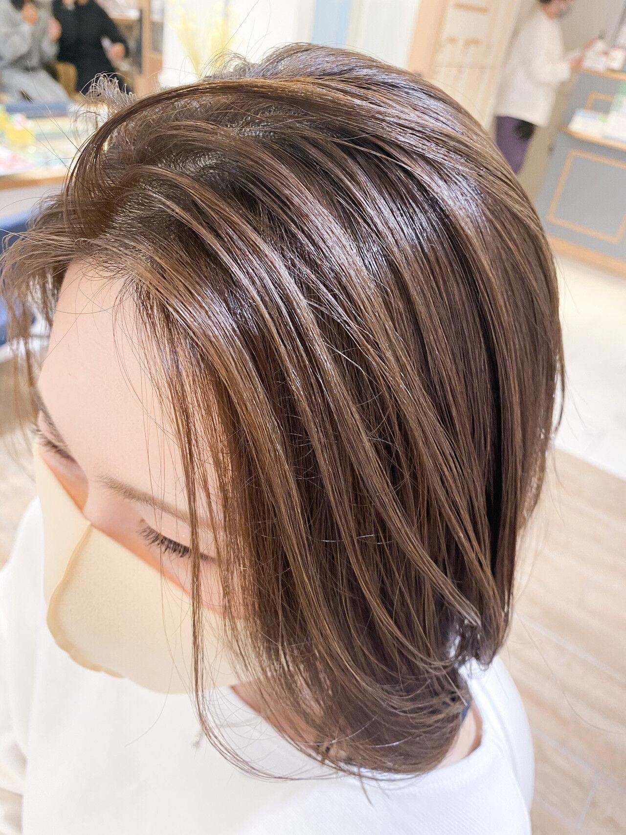 ちょこちょこ目立つ白髪... タカトリミキ/ Neolive CiroL.  Neolive CiroL.