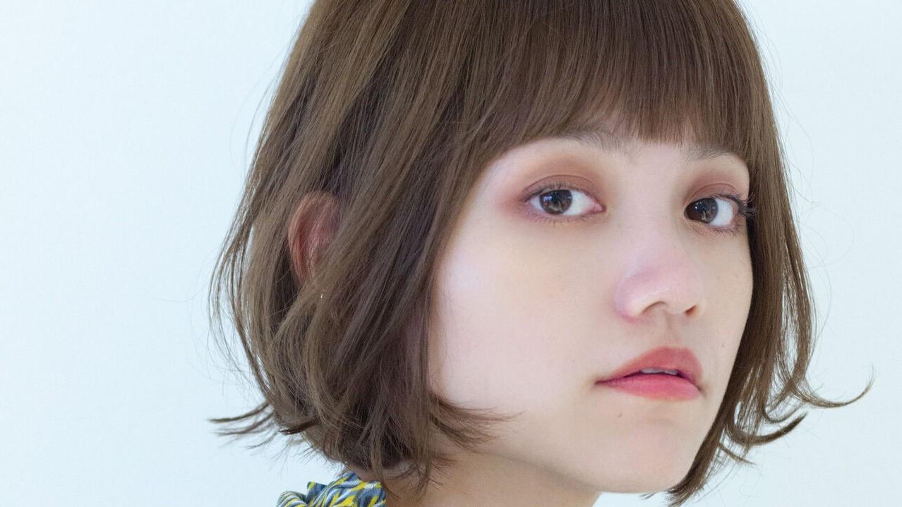 キラキラアイシャドーを魅せたい♡目元を強調してくれる前髪3選