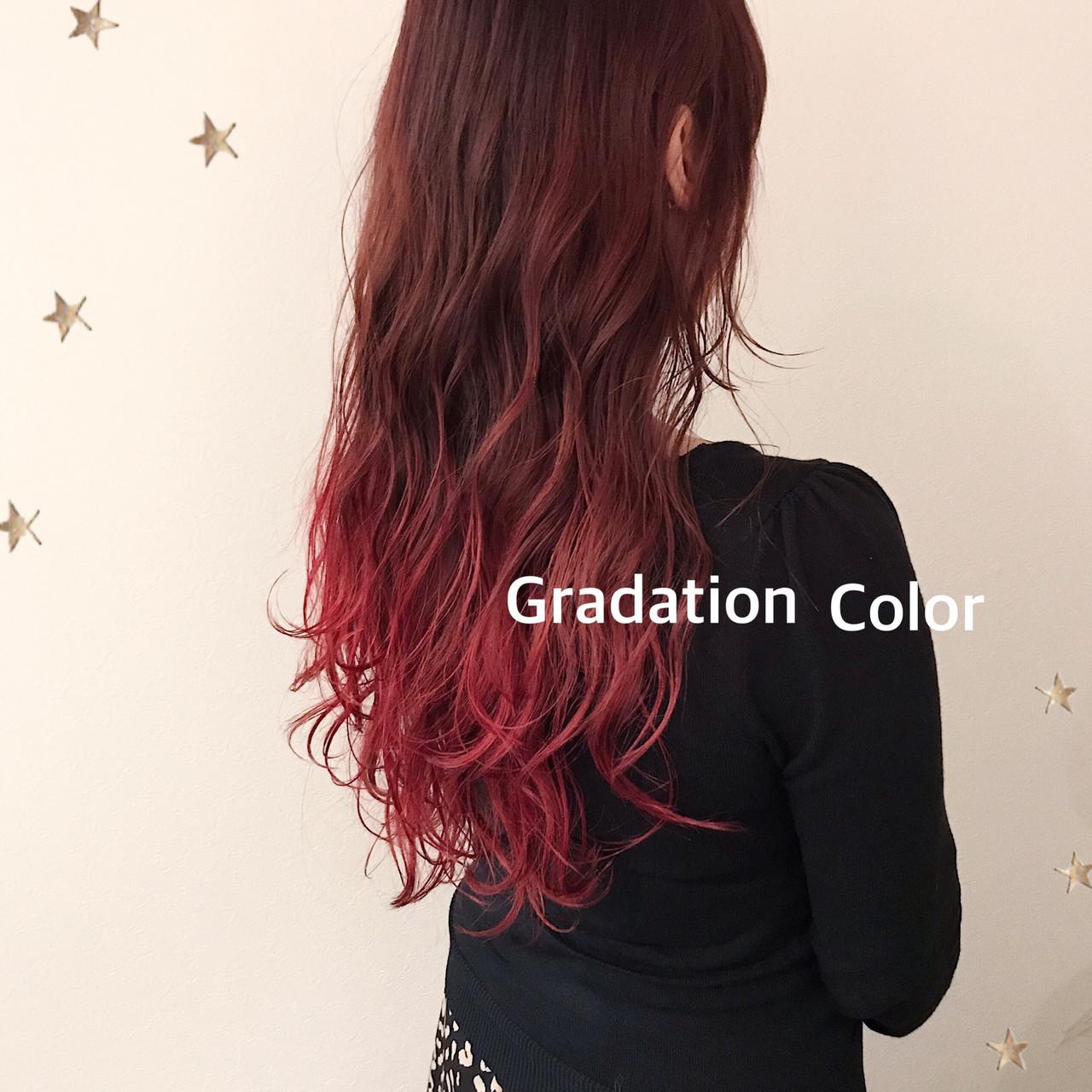 グラデーションカラー ストリート レッドカラー レッド ヘアスタイルや髪型の写真・画像