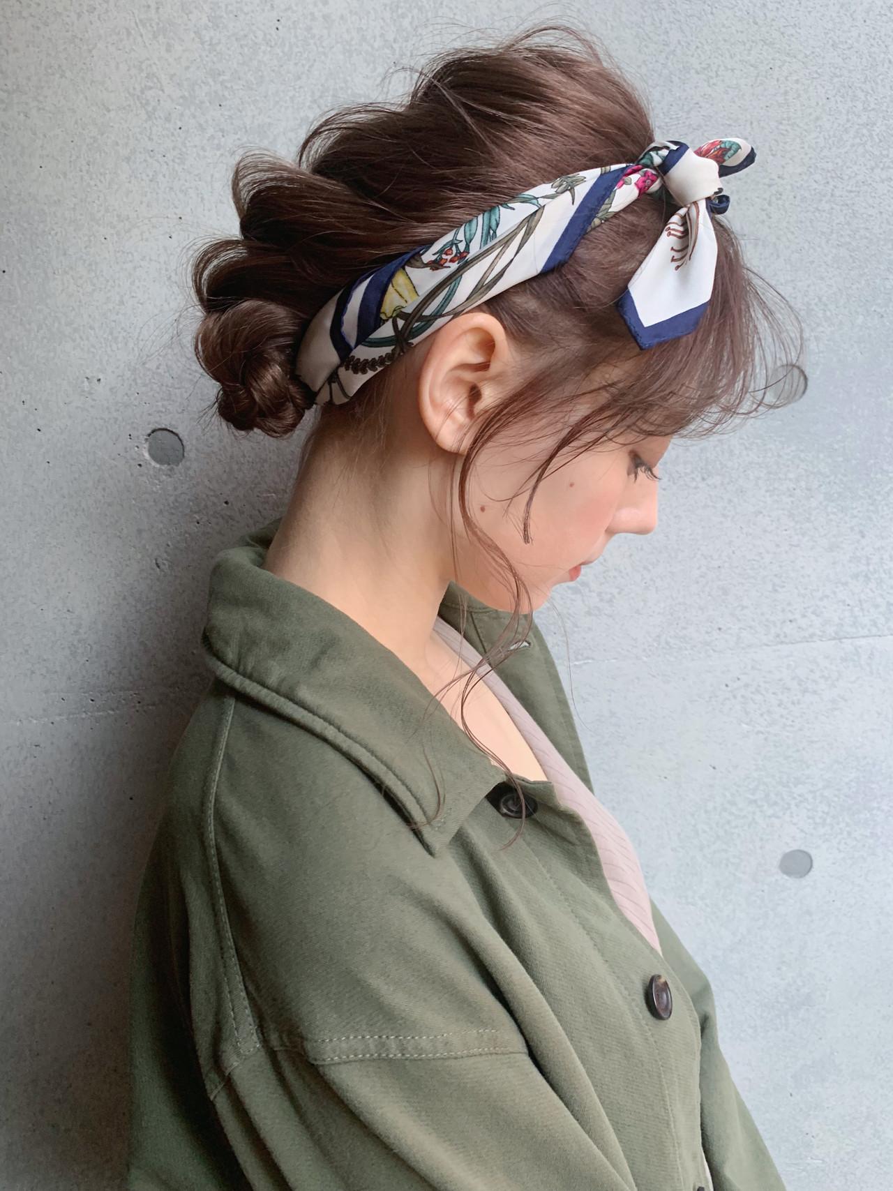 アウトドア ヘアアレンジ ミディアム ナチュラル ヘアスタイルや髪型の写真・画像