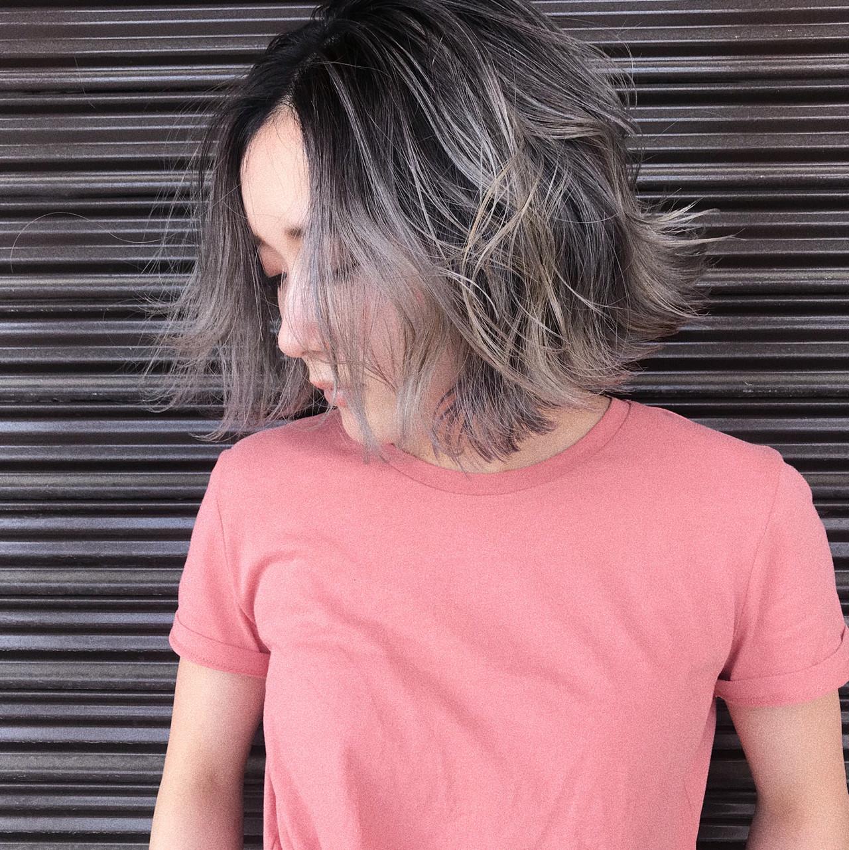 ボブ ハイライト バレイヤージュ プラチナブロンド ヘアスタイルや髪型の写真・画像