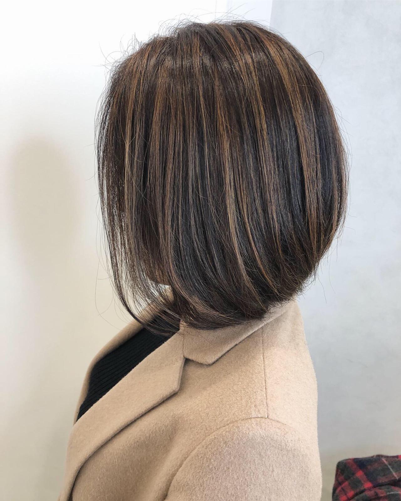 ミニボブ 大人かわいい ベージュ 3Dハイライト ヘアスタイルや髪型の写真・画像