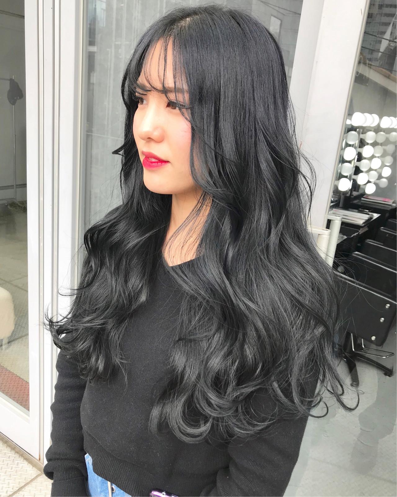モード ブラックグレー ブリーチカラー ブリーチなし ヘアスタイルや髪型の写真・画像