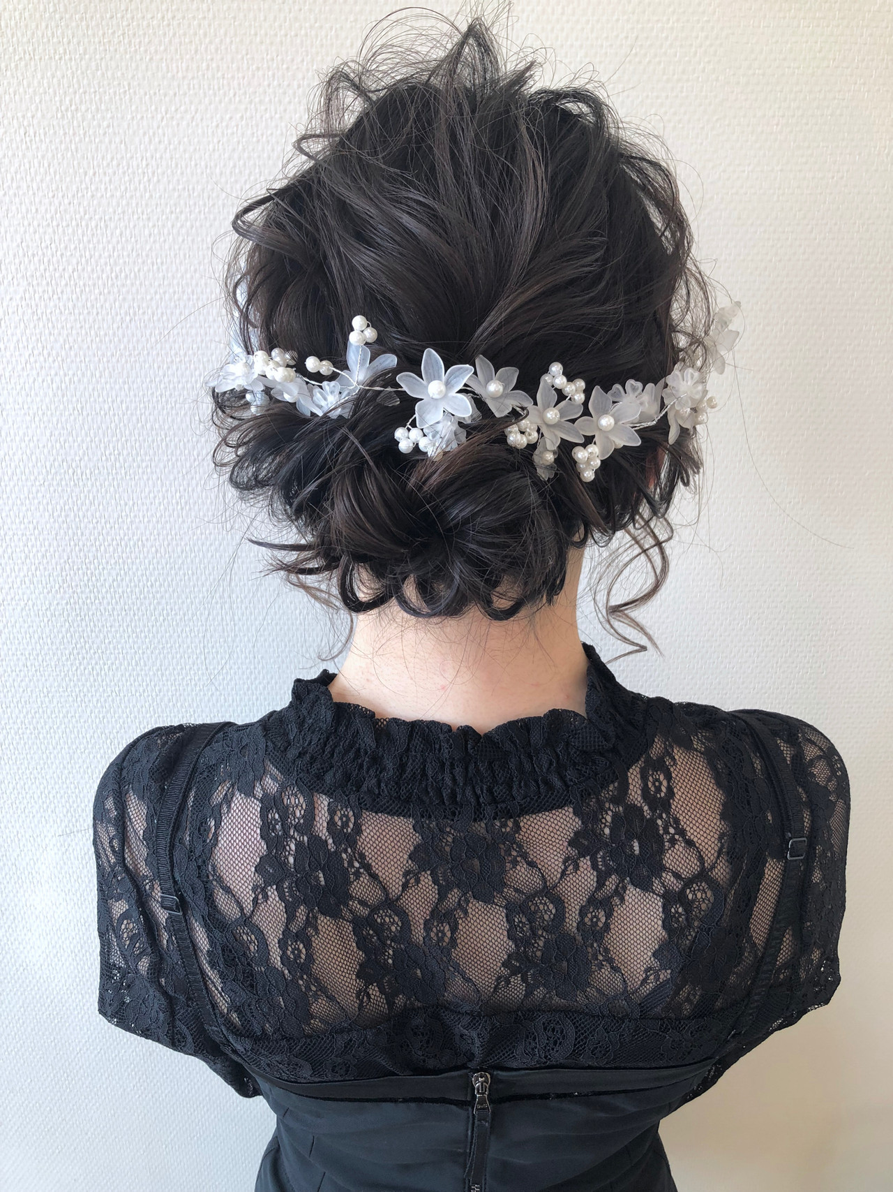 ミディアム お団子アレンジ 結婚式ヘアアレンジ 結婚式 ヘアスタイルや髪型の写真・画像