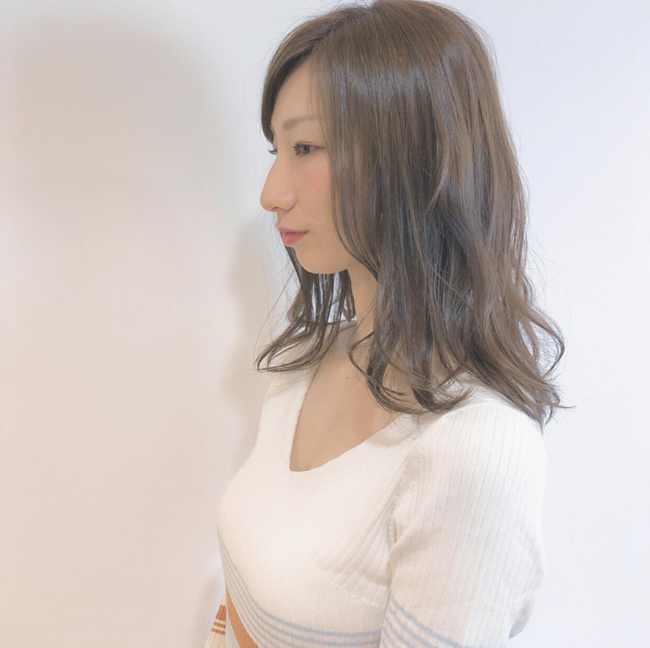 透明感 ゆるふわセット ゆるウェーブ セミロング ヘアスタイルや髪型の写真・画像