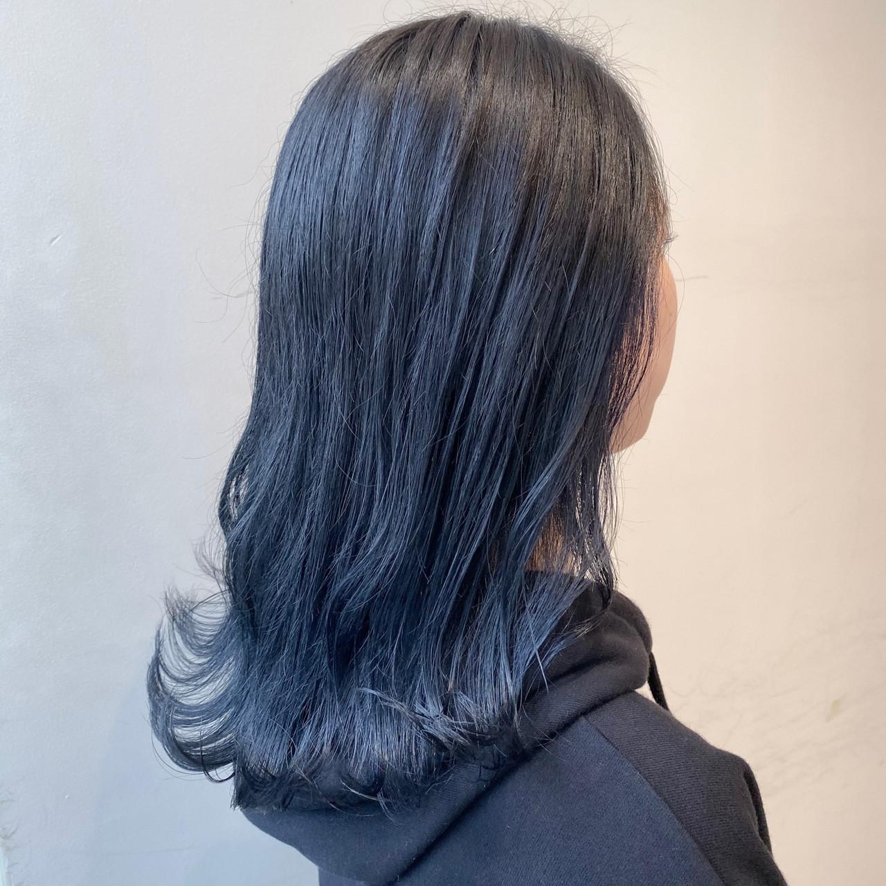 セミロング ブリーチなし 透明感カラー ナチュラル ヘアスタイルや髪型の写真・画像