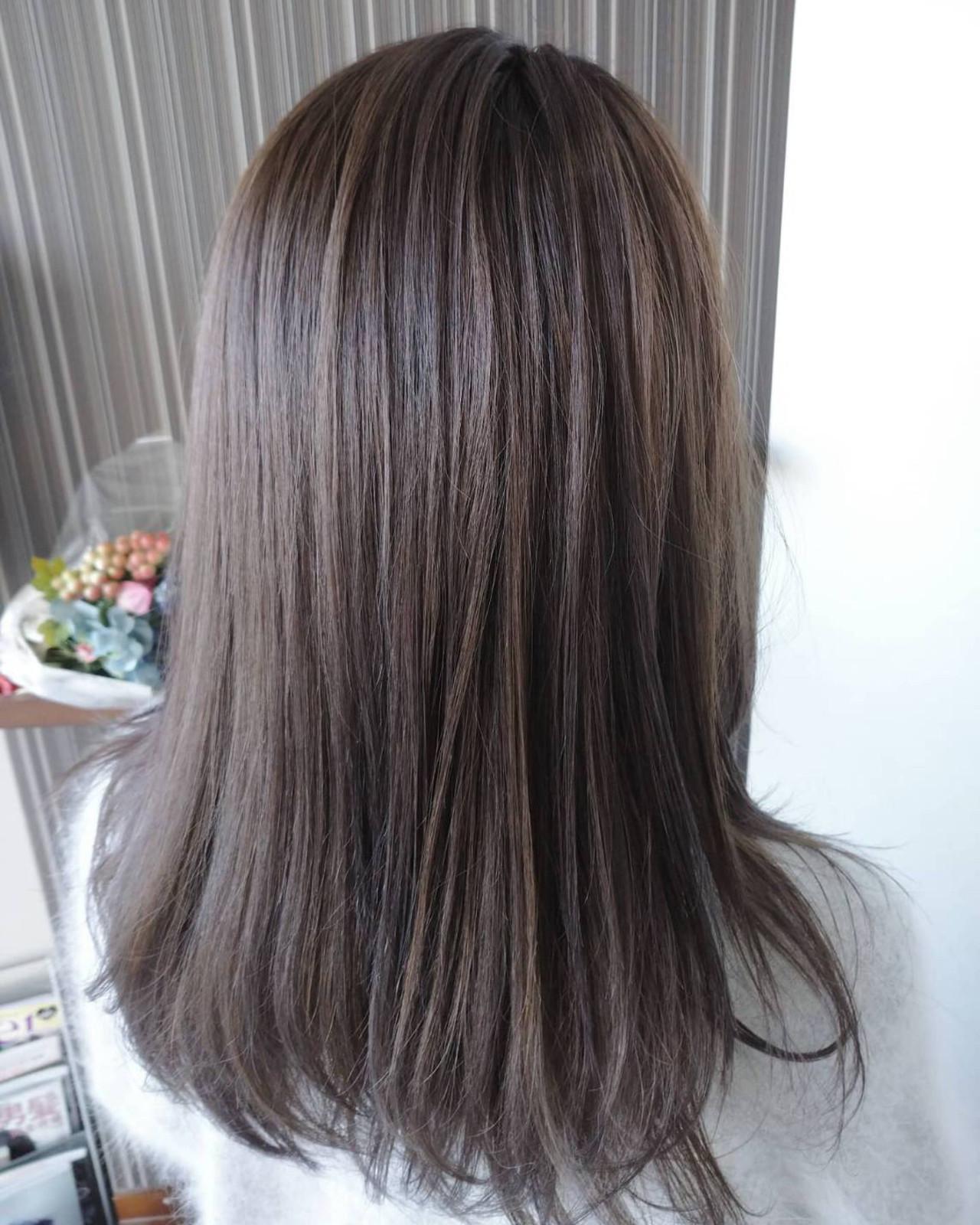 ナチュラル ヘアカラー セミロング ブルーバイオレット ヘアスタイルや髪型の写真・画像