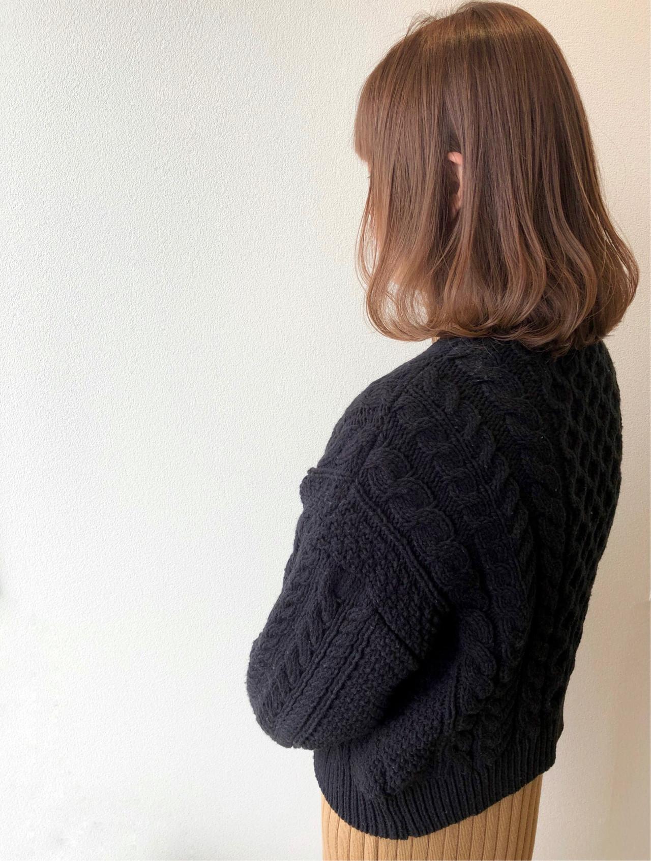 ワンカール アッシュベージュ ロブ ベージュ ヘアスタイルや髪型の写真・画像
