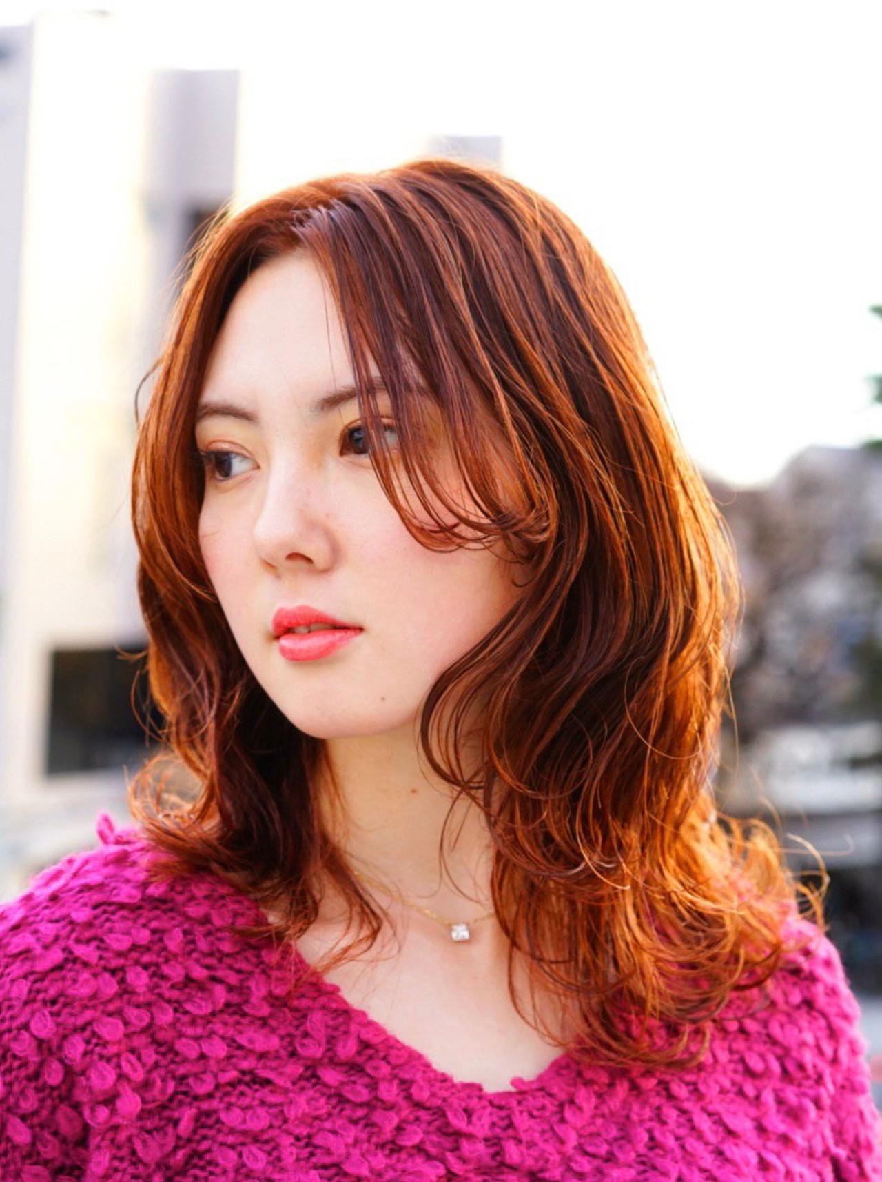 秋冬スタイル エレガント オレンジブラウン お洒落 ヘアスタイルや髪型の写真・画像