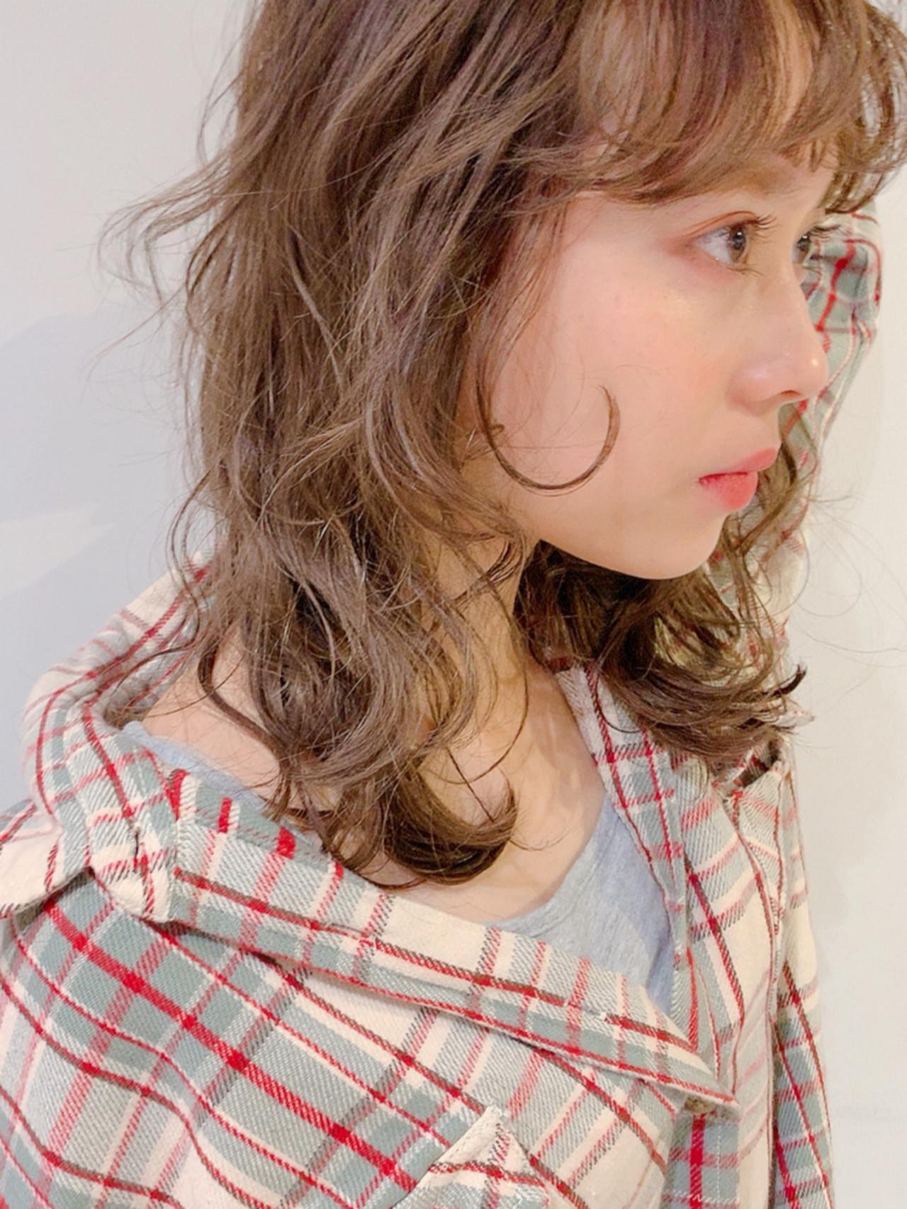 ヘアアレンジ ガーリー ダブルカラー ミルクティーベージュ ヘアスタイルや髪型の写真・画像