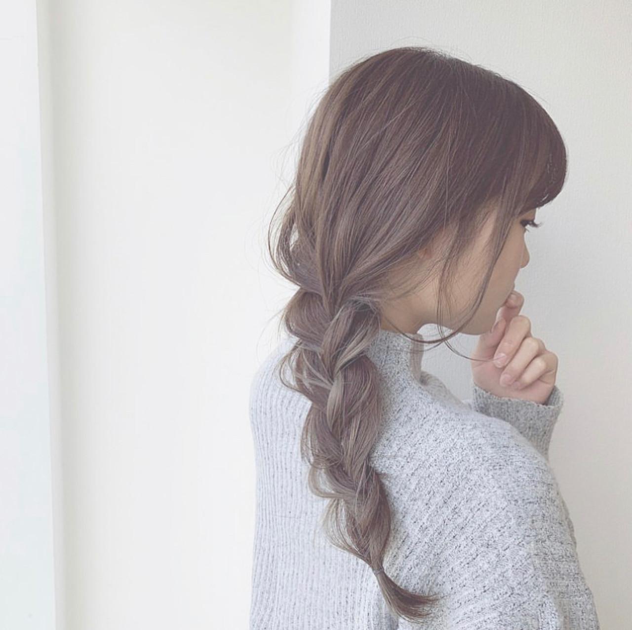 編み込みヘア 簡単ヘアアレンジ セミロング ポニーテールアレンジ ヘアスタイルや髪型の写真・画像
