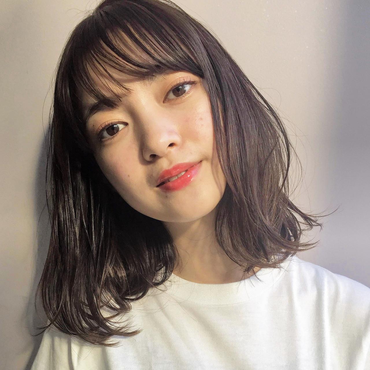 鎖骨ミディアム 透明感カラー 小顔 前髪あり ヘアスタイルや髪型の写真・画像