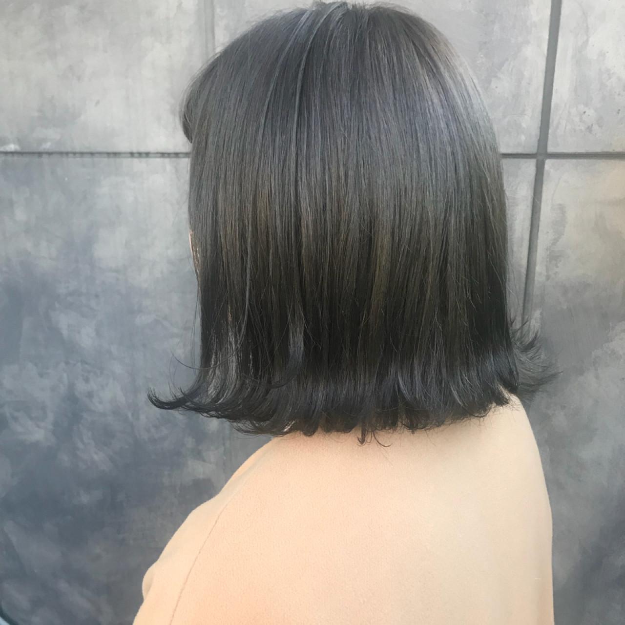 透明感 ブリーチカラー ナチュラル マットグレージュ ヘアスタイルや髪型の写真・画像