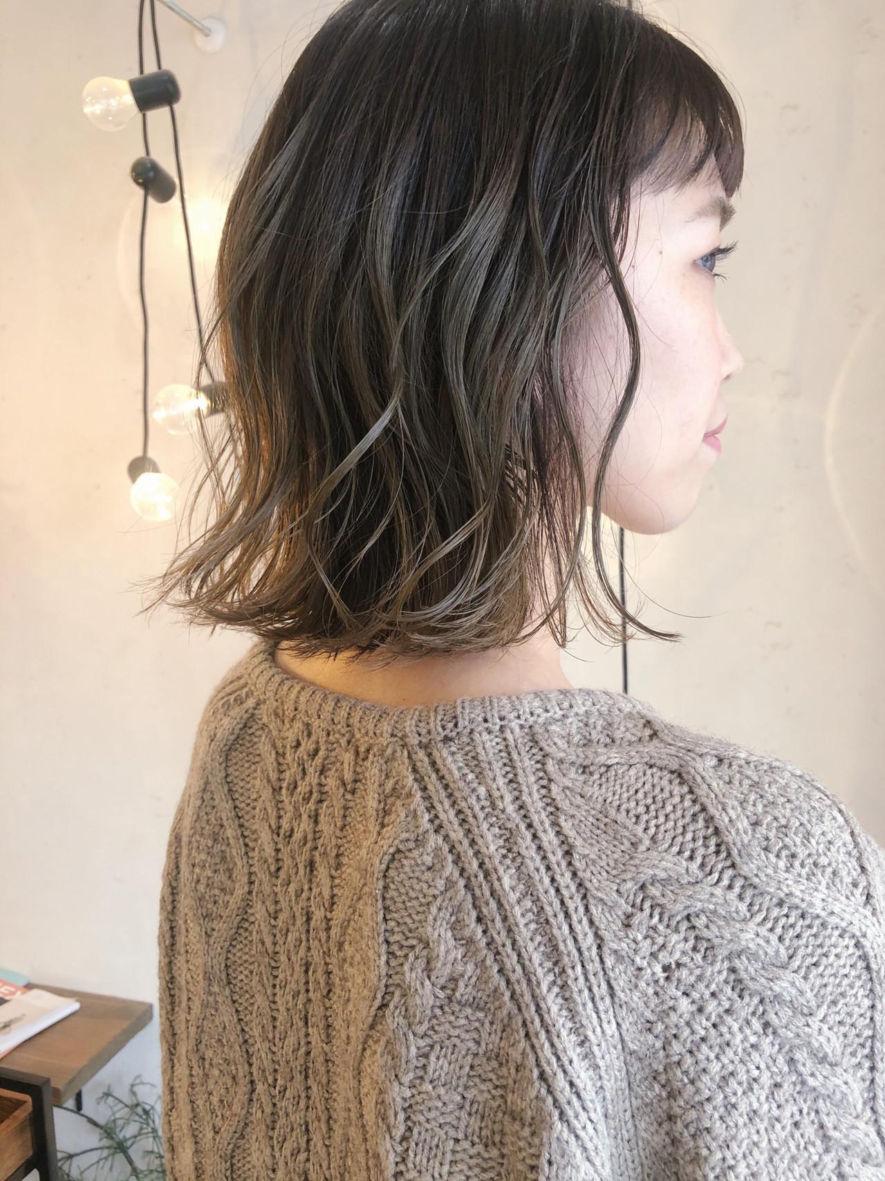 マットグレージュ 外国人風カラー ボブ 大人かわいい ヘアスタイルや髪型の写真・画像